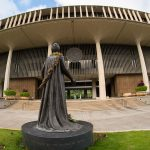 Photo of Queen Liliuokalani Facing Hawaii State Legislature Building on Oahu.